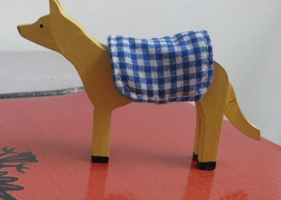 chien jaune