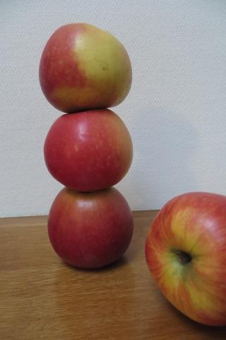 jeu avec pommes