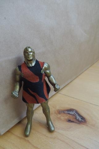figurine habillée