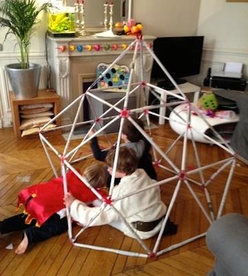 jeu dans construction