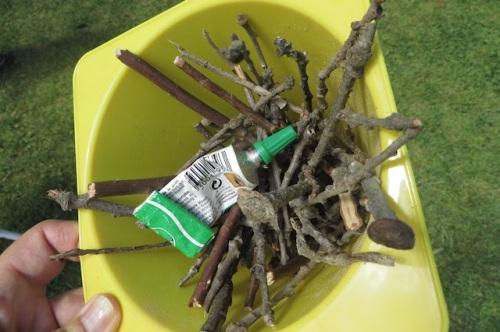 Activit manuelle avec un enfant si tu veux jouer - Activite manuelle avec pinces linge bois ...
