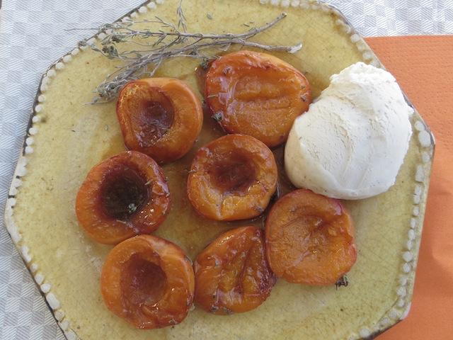 assiette abricots