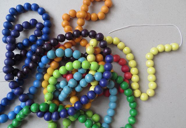 perles-enfilées