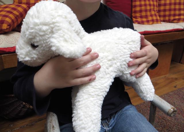 mouton trianon main